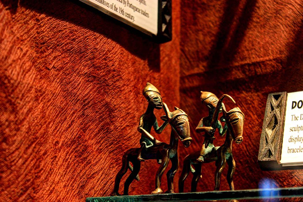 The Nairobi Gallery_Dogon horsemen