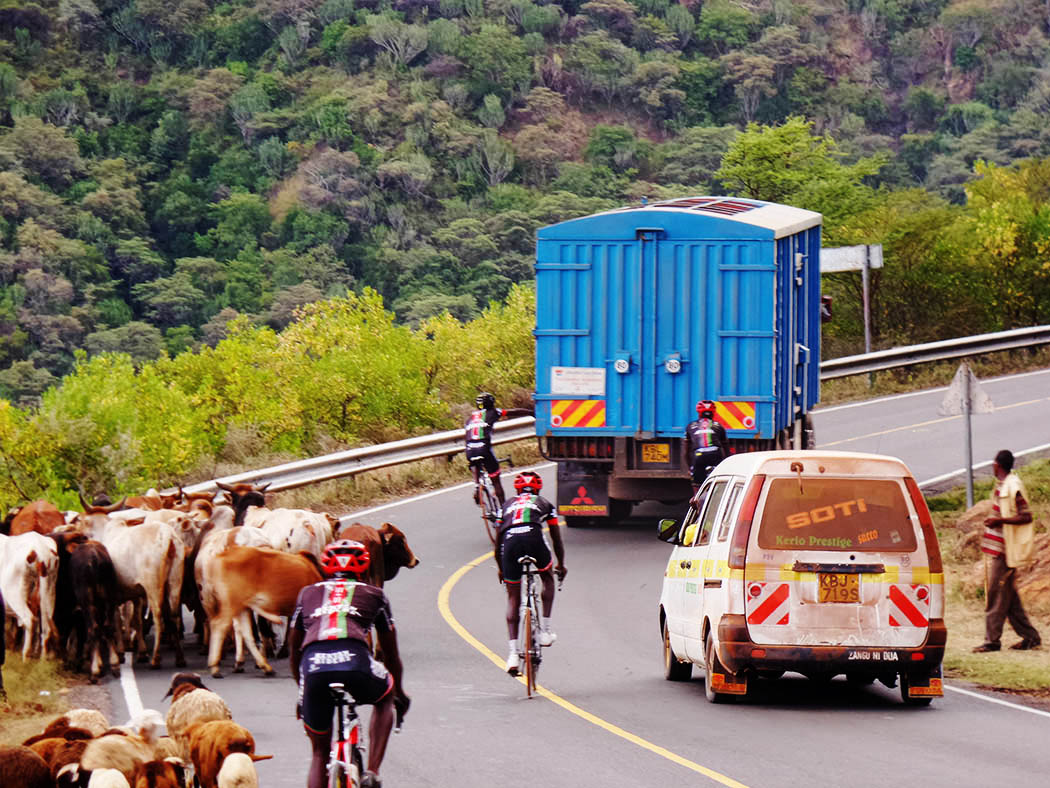 Unexpected Kenya_Kenyan Riders hitching ride