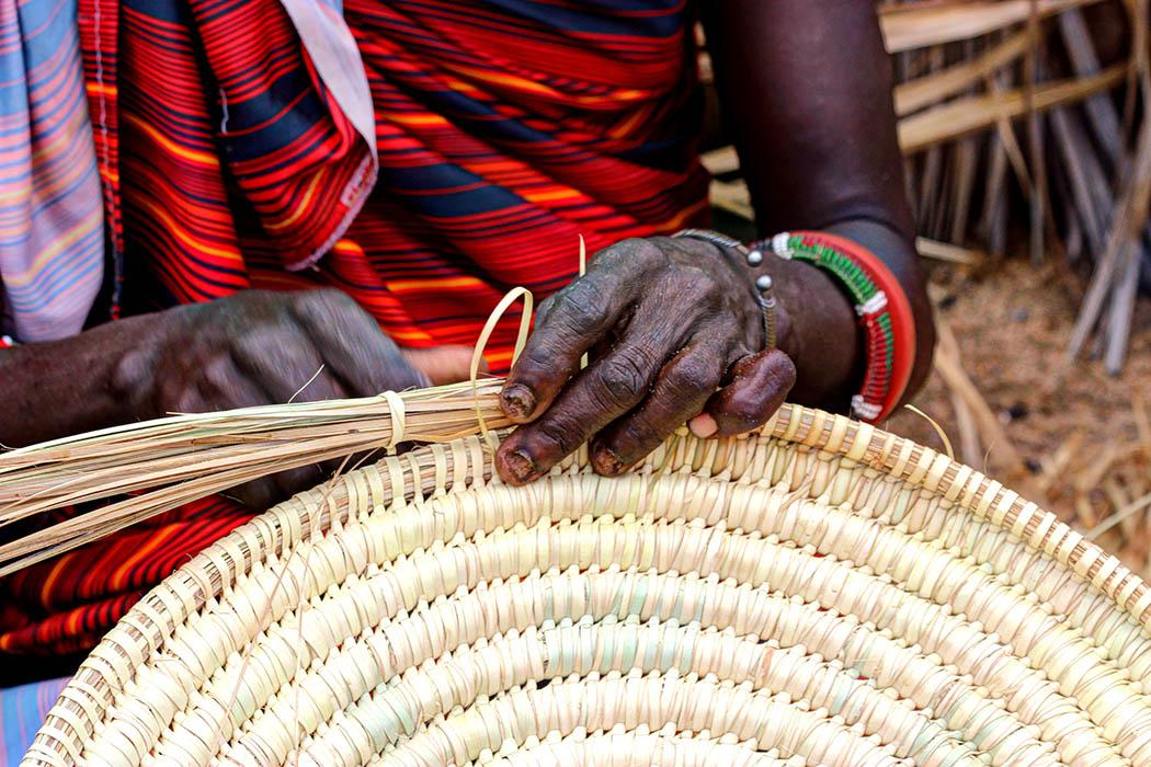Unexpected Kenya_Weaving (2)