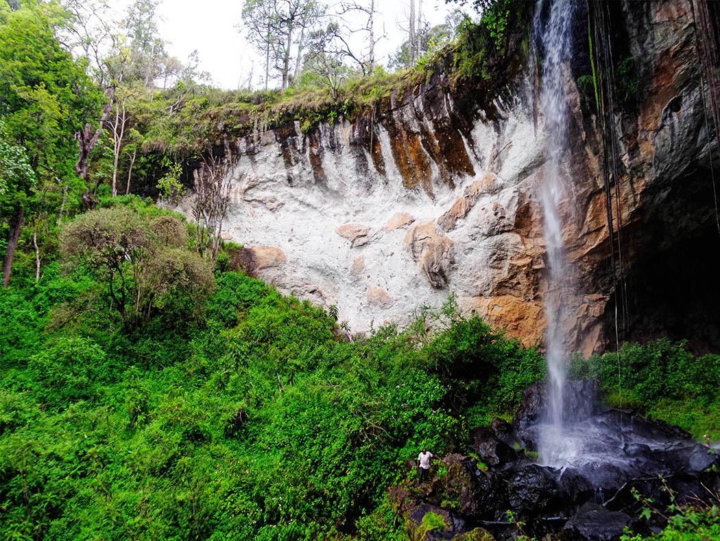 Mt Elgon National Park_Making'eny Cave Falls