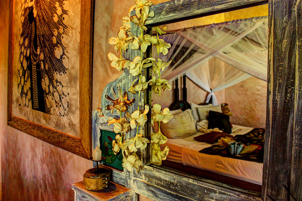 Sands at Nomad Hotel_Mirror