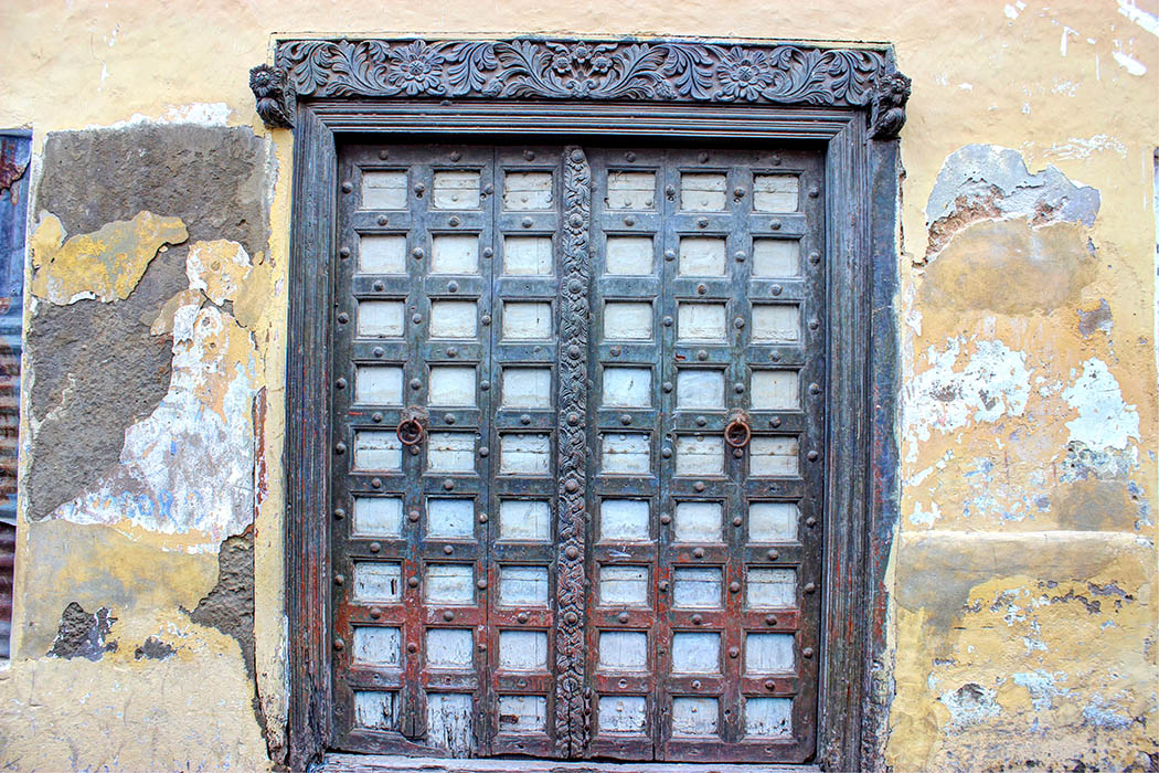 Mombasa Old Town_Indian Style Carved door