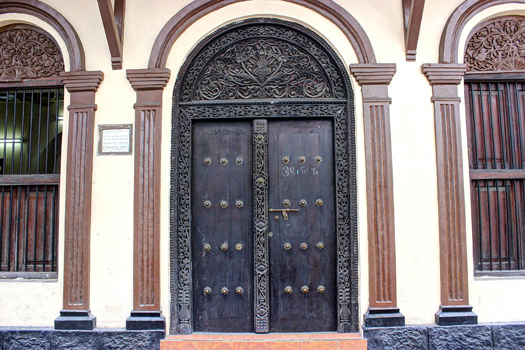 Mombasa Old Town_carved door1