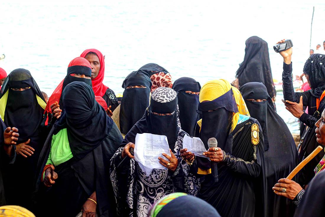 Lamu Cultural Festival_women singing