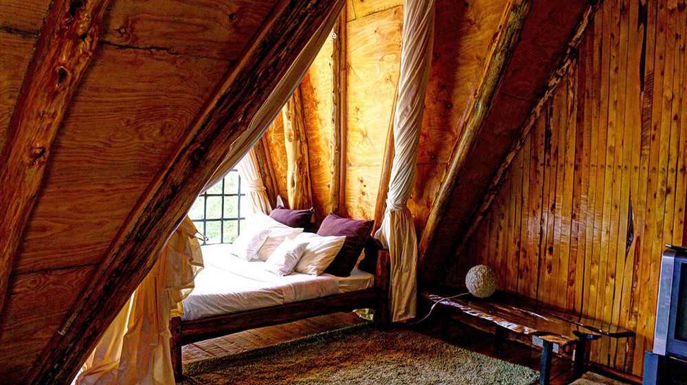 Samawati Conservancy_Deluxe cottage bed