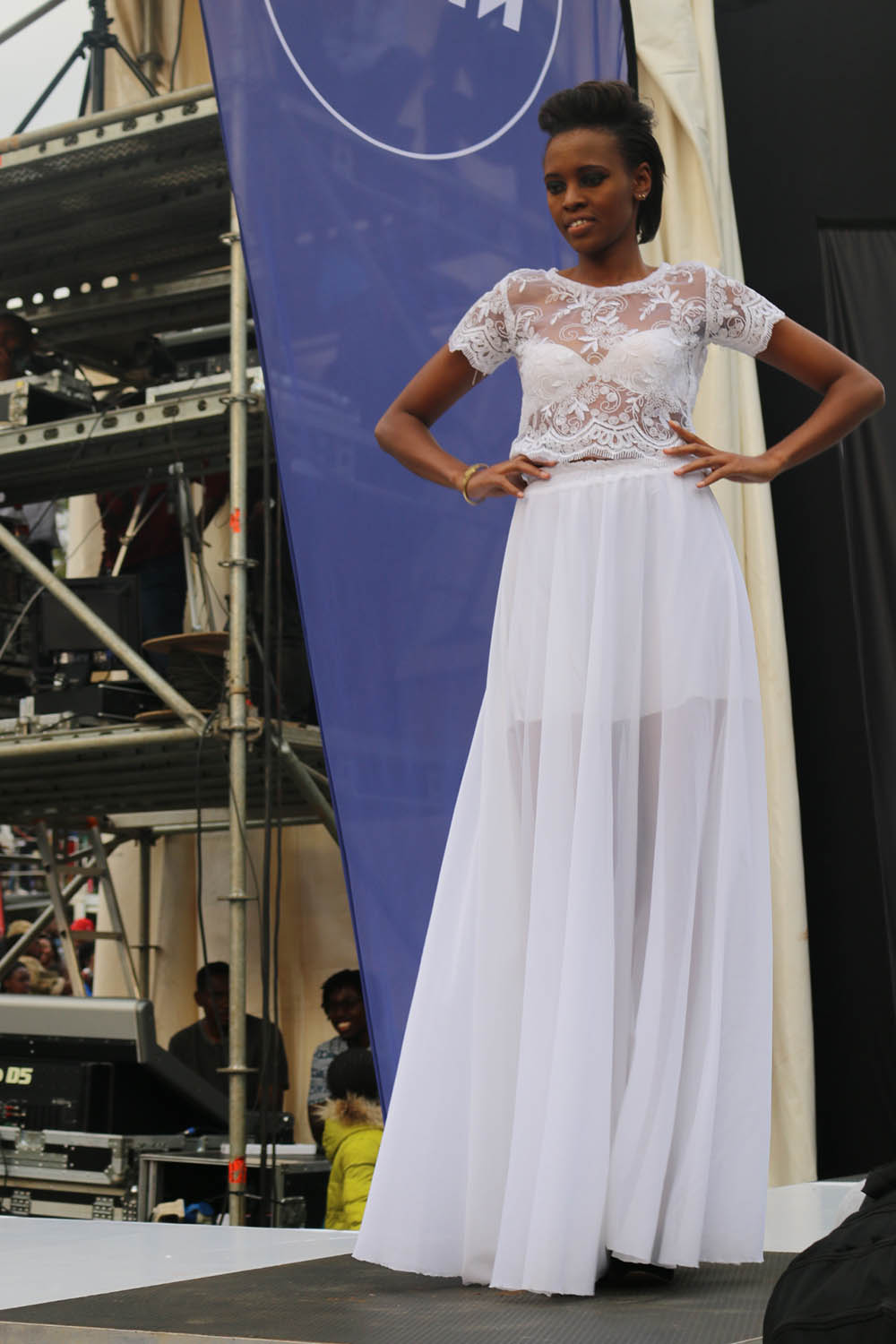Blankets and Wine July 2016_Fashion show3