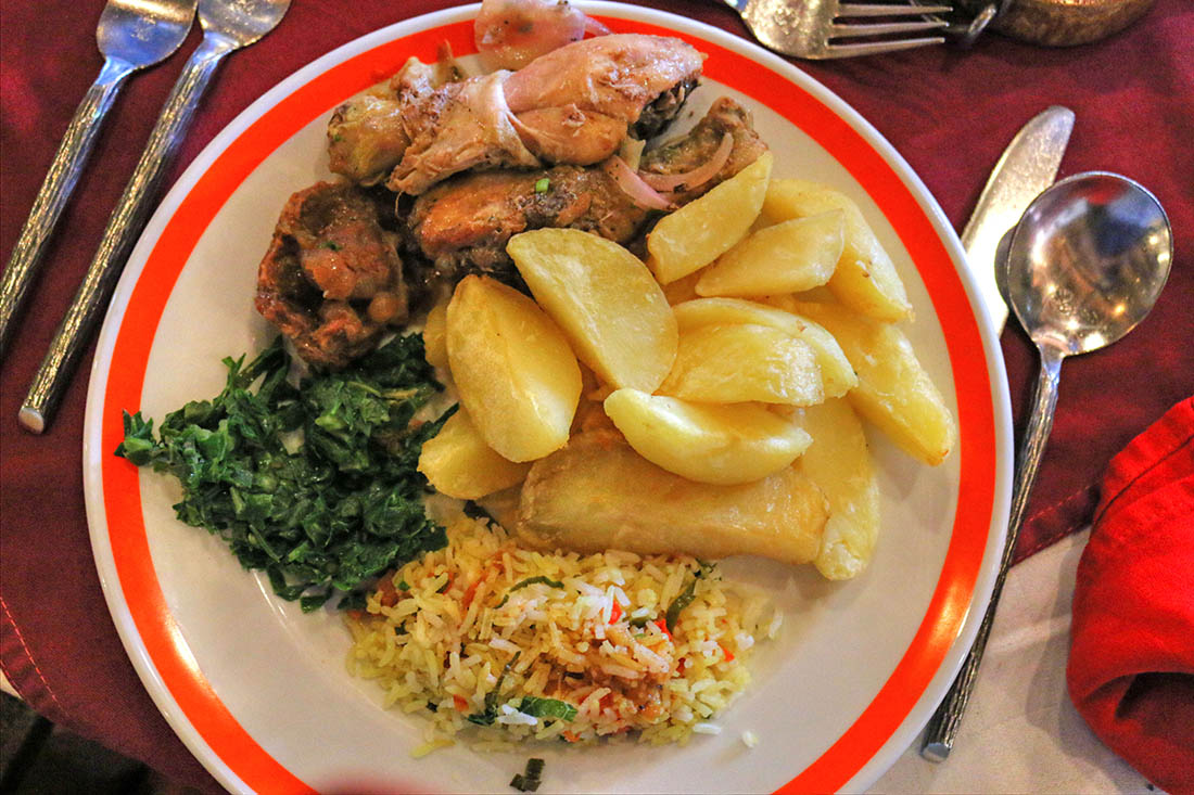 sarova-taita-hills-game-lodge_lunch
