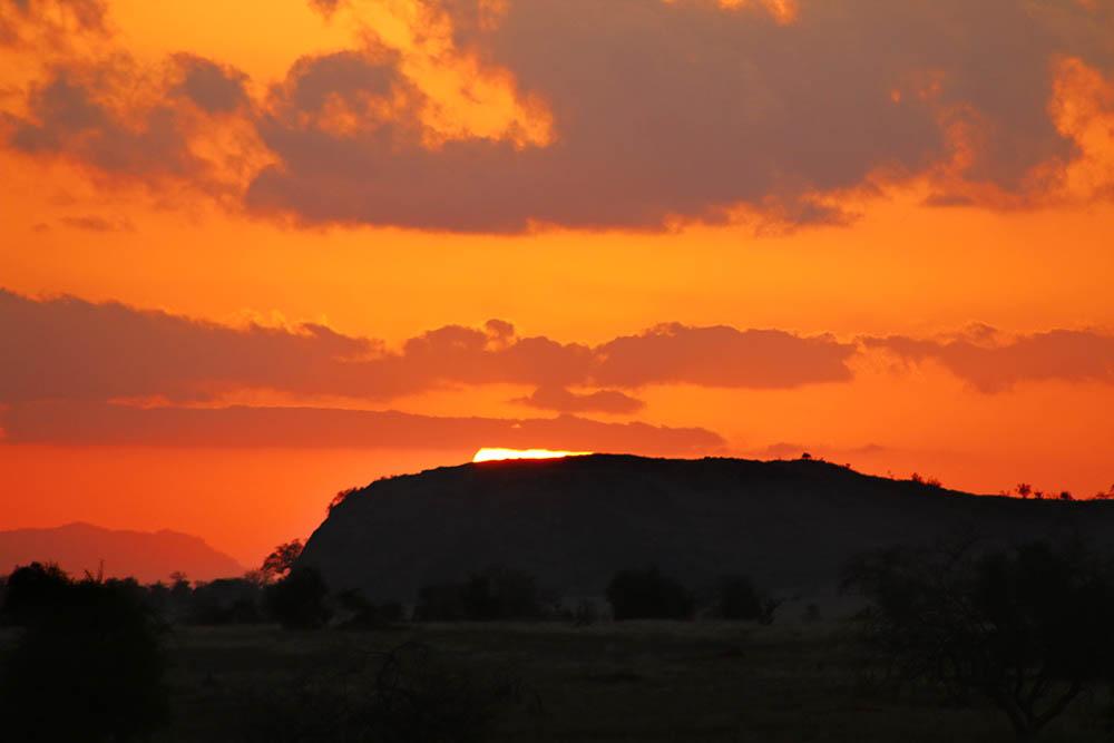 taita-hills-game-reserve_sunset2
