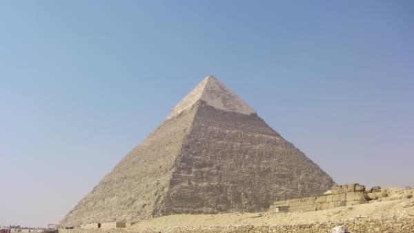egypte-rondreis_safari-in-africa_gizeh-pyramide_01