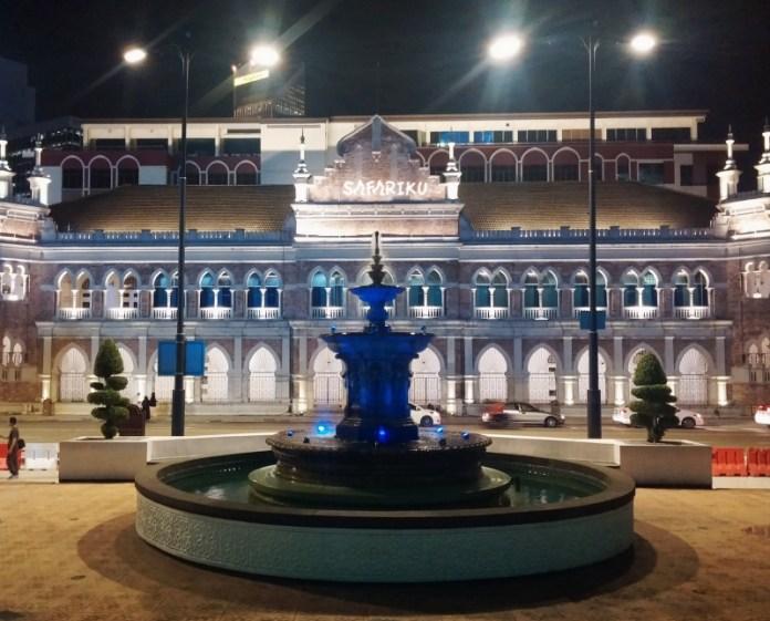 Gedung Sultan Abdul Samad Malam