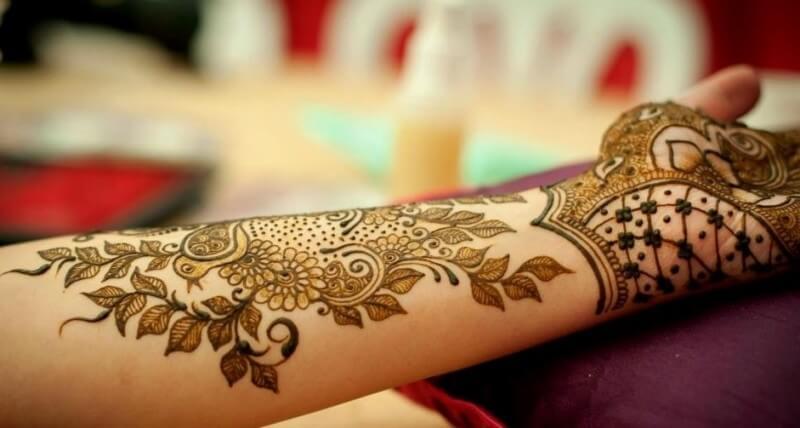 gambar henna tangan