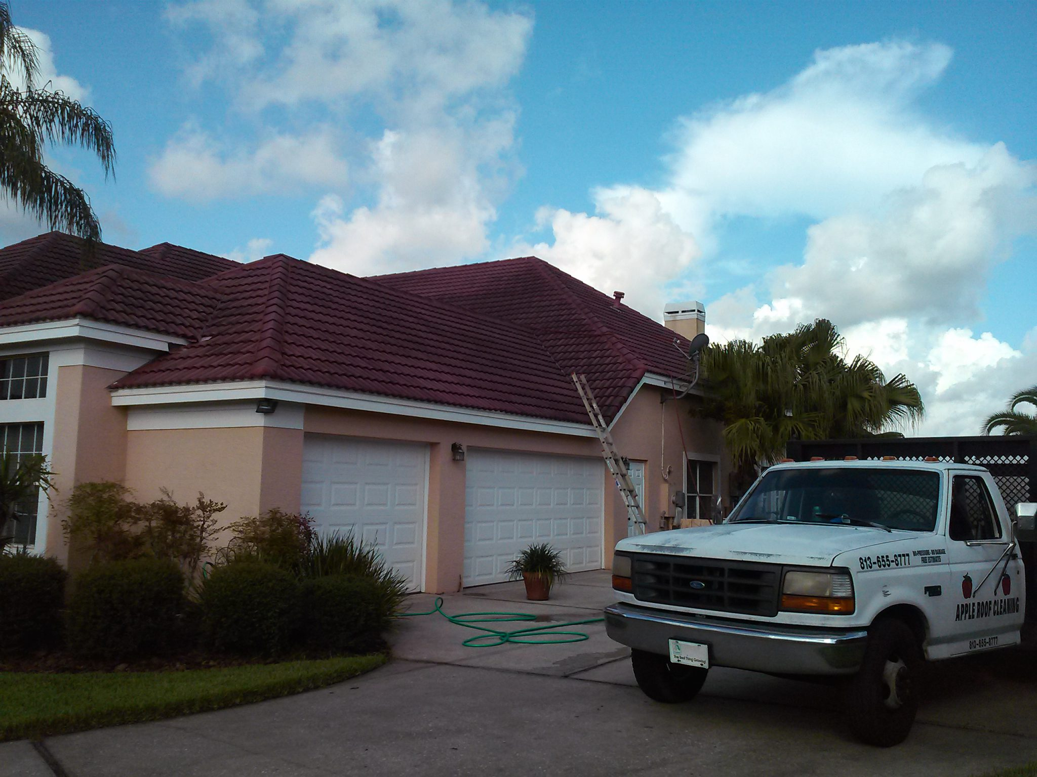 Tampa Palms Barrel Tile Roof Cleaned 8 13 2003 Apple Roof