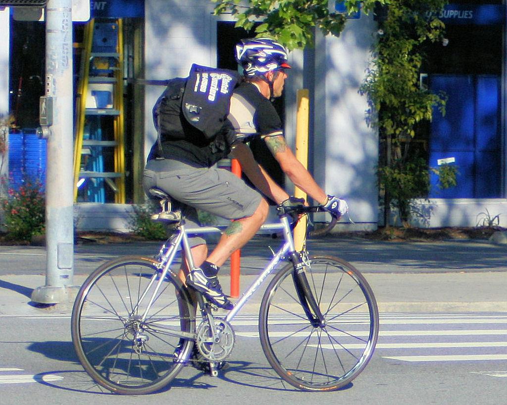 bike messenger