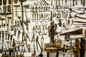 tool handling safety