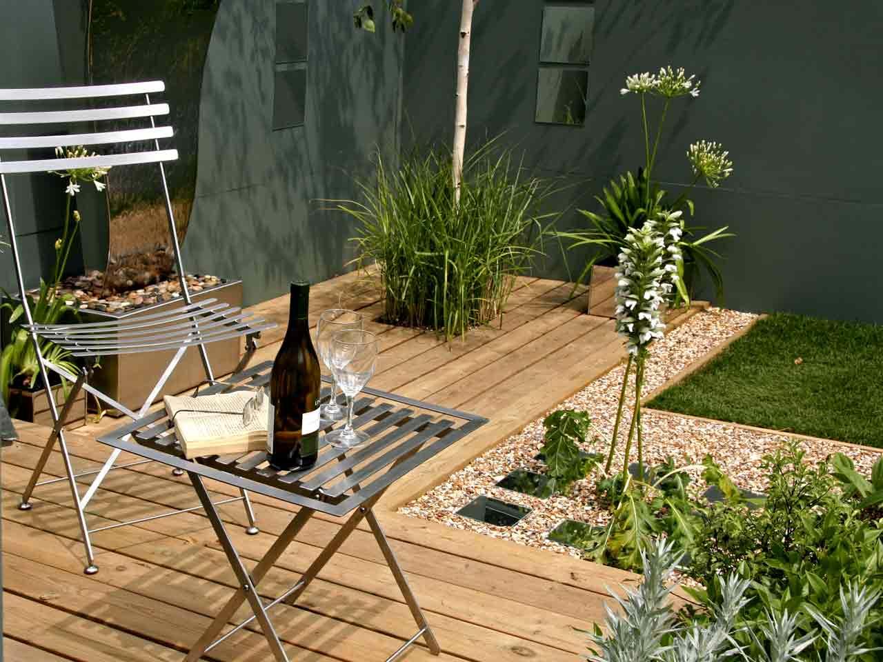 How To Design A Contemporary Garden Saga