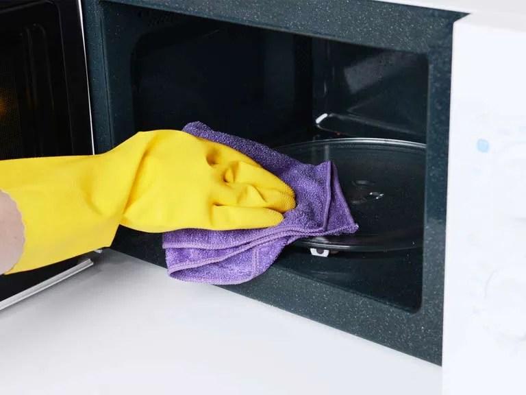 how to clean a microwave saga