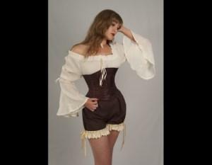 dress-like-a-pirate-1