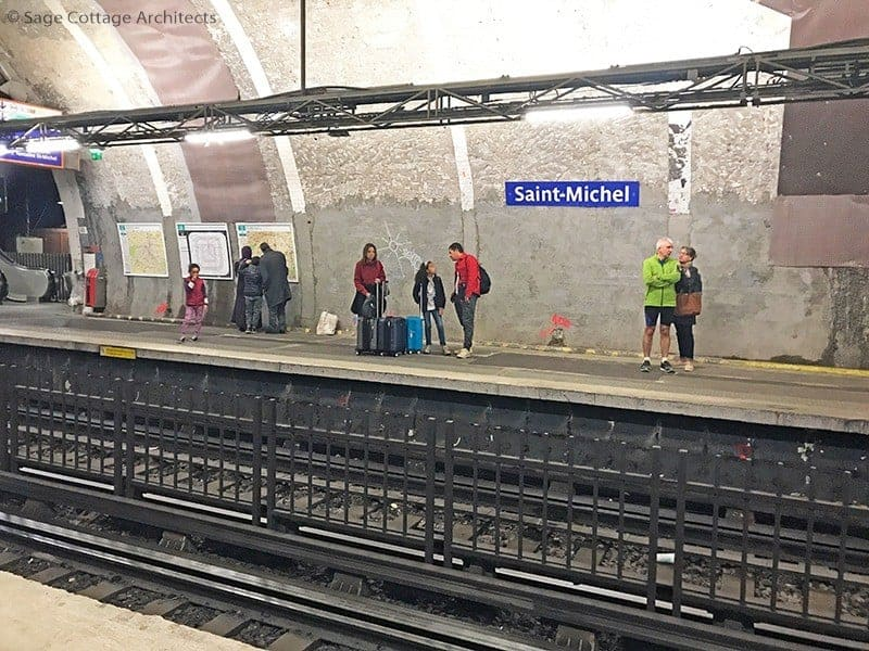 Paris Subway interior
