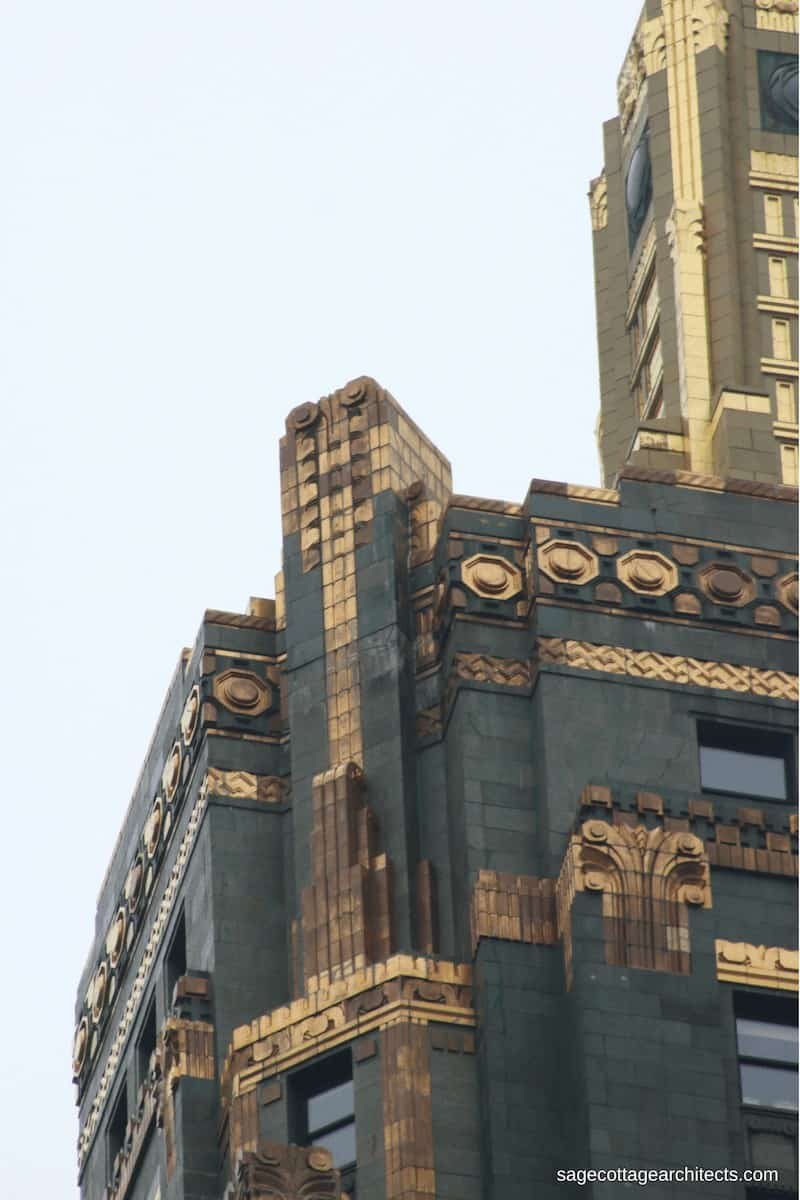 Dark green walls and bronze Art Deco decoration of the Carbide and Carbon Building.
