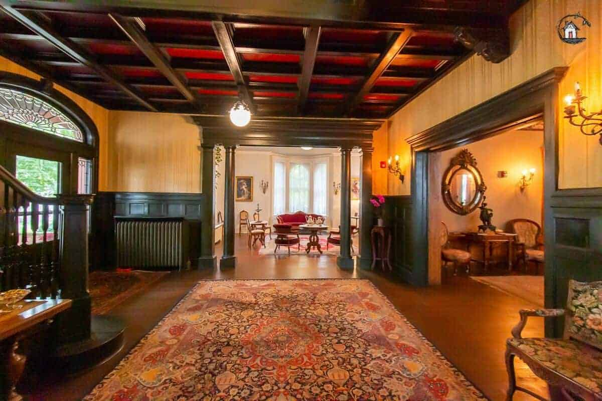 Photo of the foyer of the historic Vrooman Mansion.