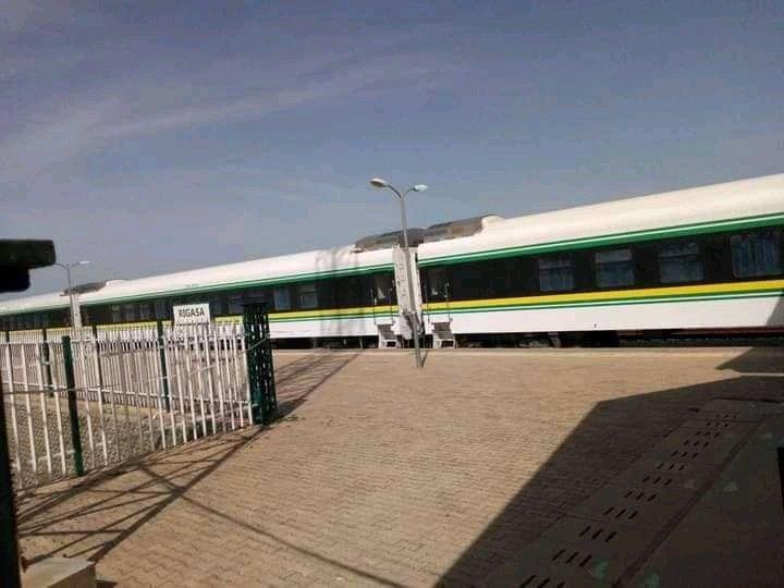 Kaduna - Abuja Train Workers Join NLC Strike