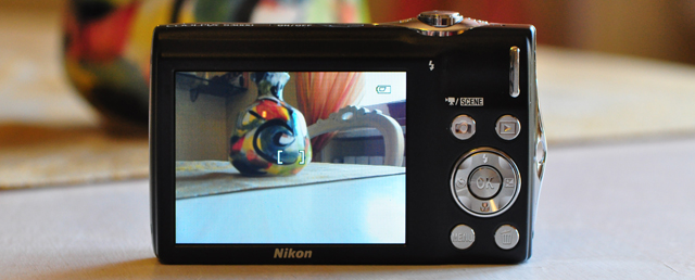 nikon s3000 display