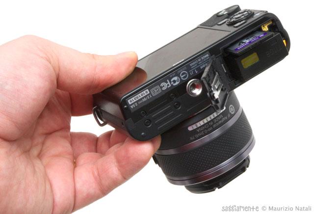 Nikon-J1-base