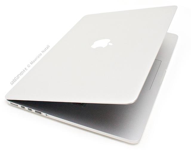 macbook-pro-retina-coperchio