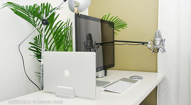 justmobile-alubase-scrivania-mbpr