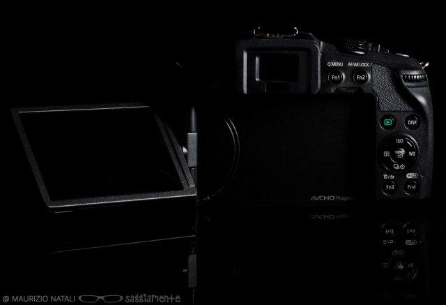 panasonic-g6-display-opened