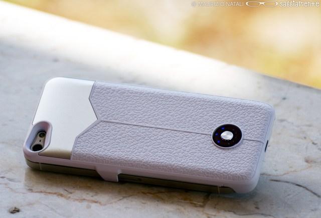 puro-battery-bank-retro-carica-ambientato