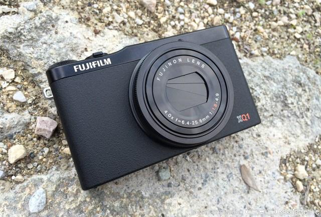 fujifilm-xq1-front