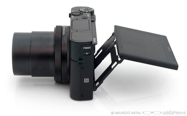 rx100m3-display-tilt