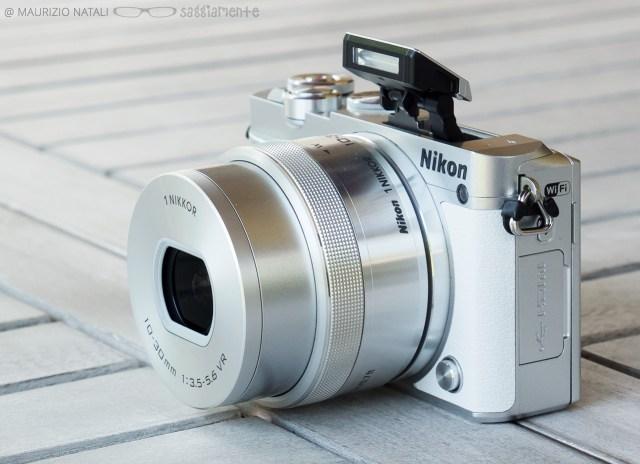 nikon-j5-flash