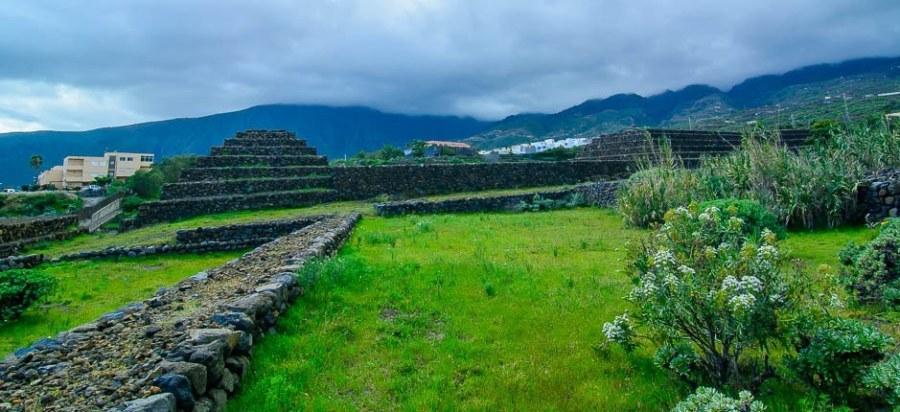 Guanches piramidi