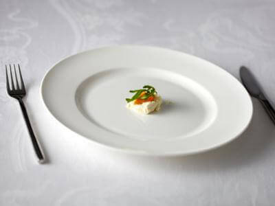 cara mengatasi anak susah makan - Sajikan Makanan Dalam Porsi Kecil