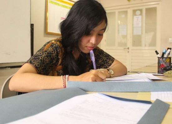 Analisis Fundamental Saham (Praktis dan Teoritis) - Gadis Bali Jegeg Ayu Cantik - Sagung Krisna Darmawati