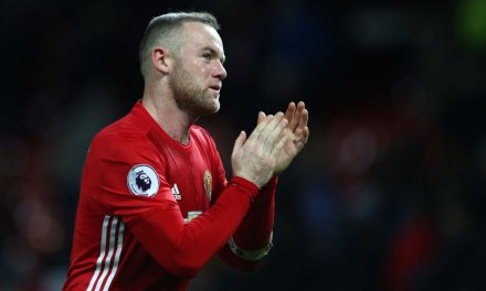 Wayne Rooney: I am staying at Manchester United