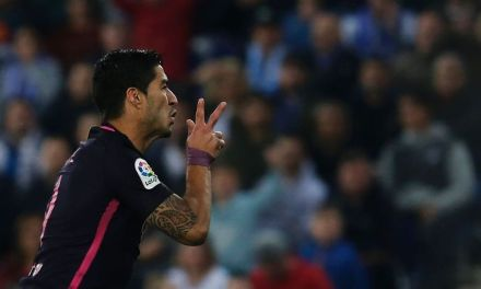 Luis Suarez ends goal drought to lead Barcelona past Espanyol