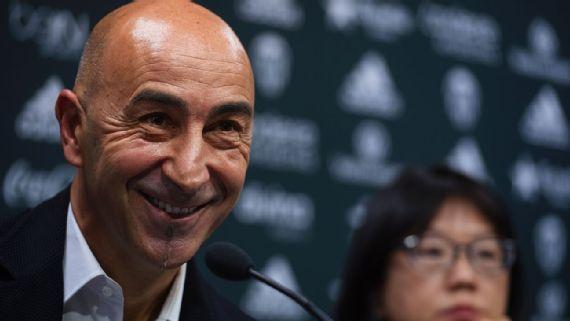 Las Palmas hire former Valencia coach Pako Ayestaran as manager