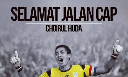 Indonesian goalkeeper Choirul Huda dies after collision during league match