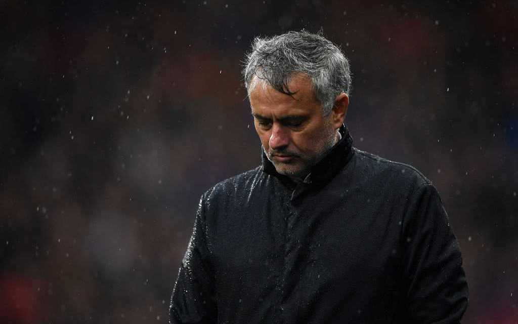 Mourinho will not meet Man United fans to discuss his criticism of them