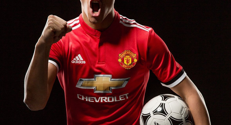 Alexis Sanchez completes Man Utd move with Henrikh Mkhitaryan joining Arsenal