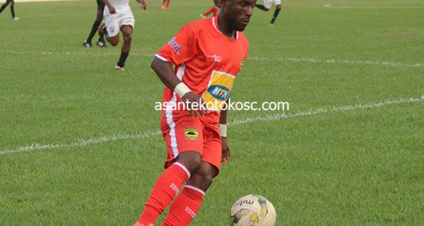 Maxwell Baakoh resumes full training with Asante Kotoko