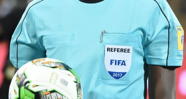 FIFA to organize referee courses online