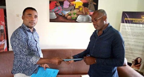 Berekum Chelsea sign four-year partnership deal with Locust sportswear