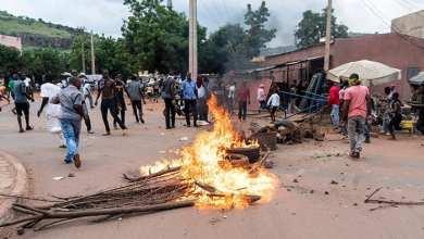 Photo of مالي.. احتجاجات وعنف عشية تنصيب كيتا (صور)