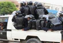 Photo of الإفراج عن منتجي مقاطع فيديو تهاجمُ الرئيس