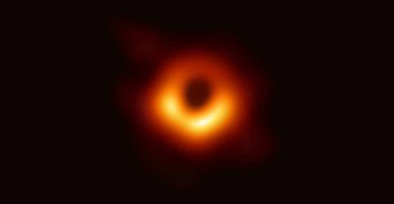 أول صورة للثقوب السوداء ( أ ف ب)