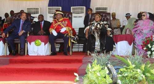 الرئيس محمد ولد عبد العزيز وهو يحضر عيد ميلاد الملك أبريل الماضي (الوكالة الموريتانية للأنباء)